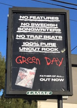 PC Twitter_ Green Day Music Review 2